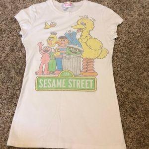 Sesame Street t-shirt S